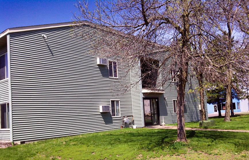 Oakhurst Apartments